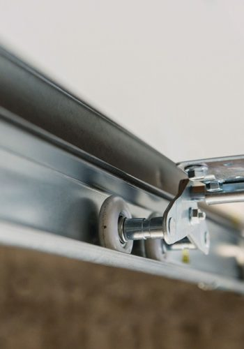 Découvrir les réalisations porte de garage sectionelle plafond - Imperium-Ouvertures