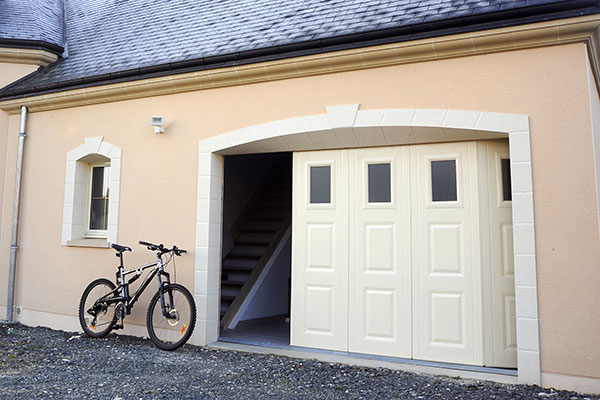 Portes de garage sur mesure devis gratuit imperium for Porte de garage sectionnelle sur mesure hormann