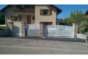 Portail battant portillon clôture pvc Aix-les-bains