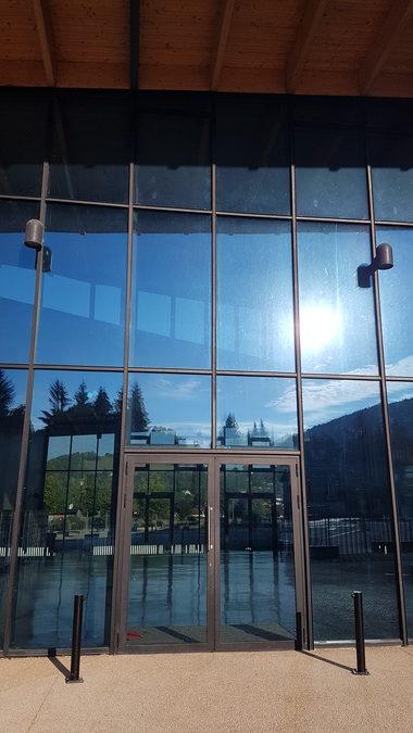 Porte entrée Alu College de Chirens