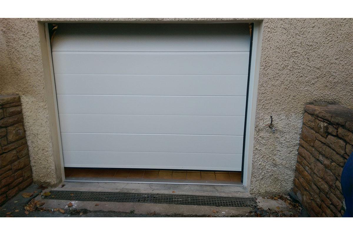 Porte de garage enroulable - Saint-germain-en-mont-d'Or (69)